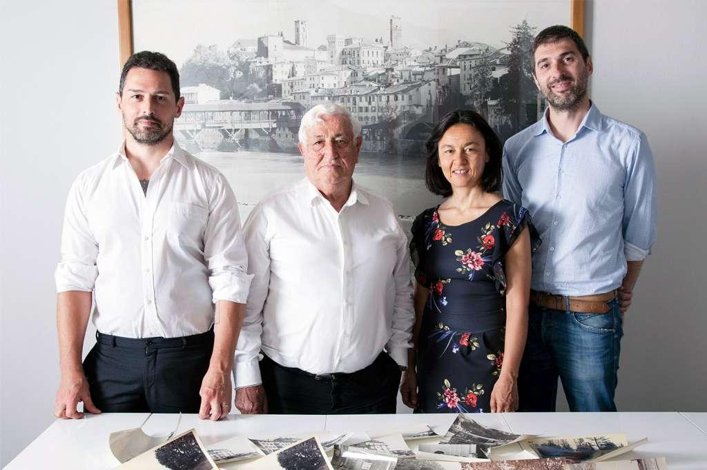 Ferdinando Bertin con i figli Greta, Dino e Xavier